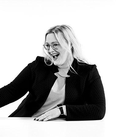 SabrinaSenior Project Manager